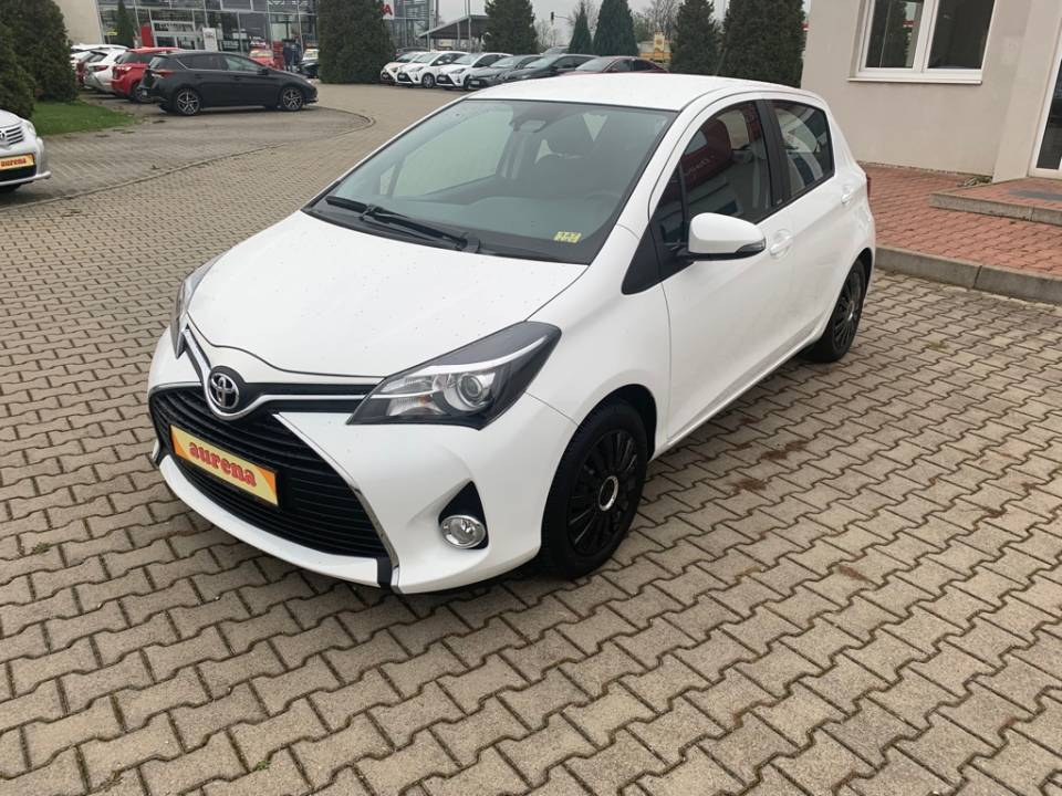 Toyota Yaris | Bj.2016 | 3687km | 9.850 €