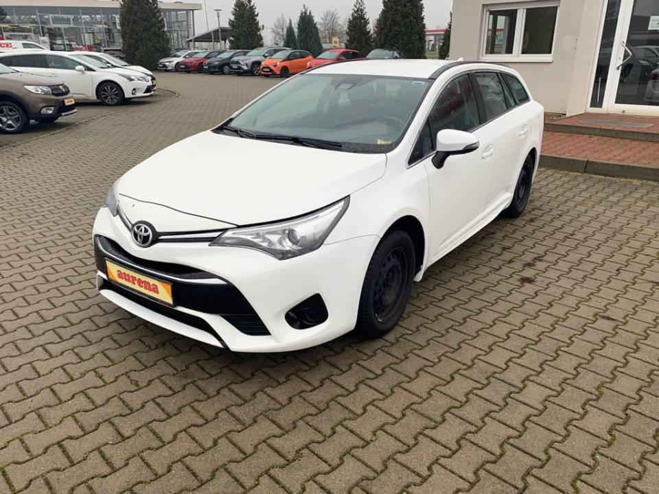 Toyota Avensis | Bj.2015 | 66522km | 12.770 €