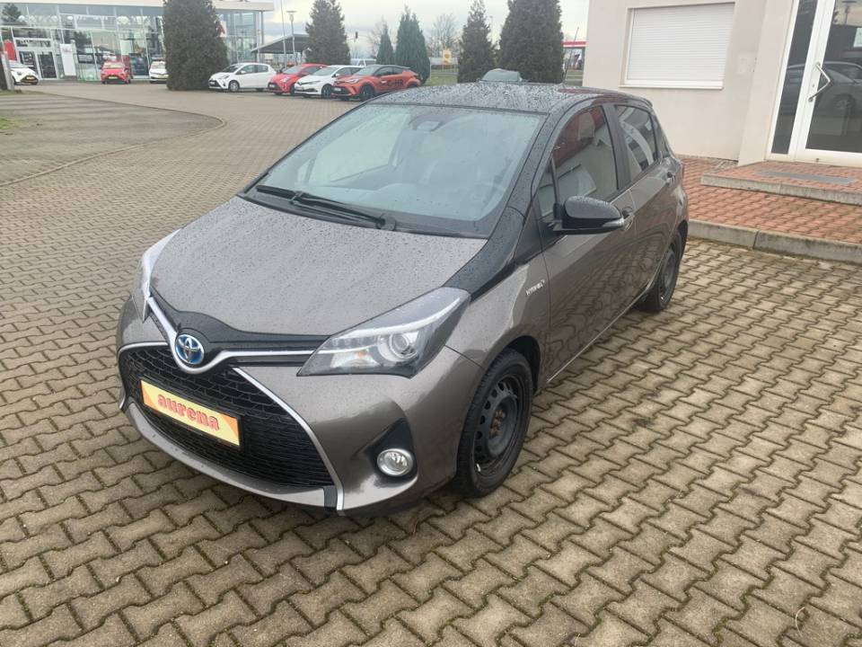 Toyota Yaris Hybrid | Bj.2016 | 114769km | 10.390 €