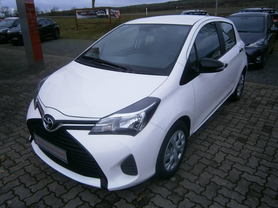 Toyota Yaris | Bj.2015 | 19513km | 7.990 €