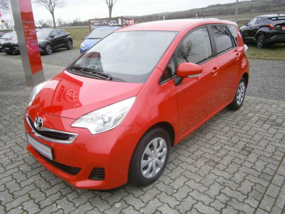 Toyota Verso-S | Bj.2015 | 50542km | 9.990 €
