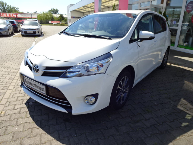 Toyota Verso | Bj.2013 | 81106km | 12.140 €