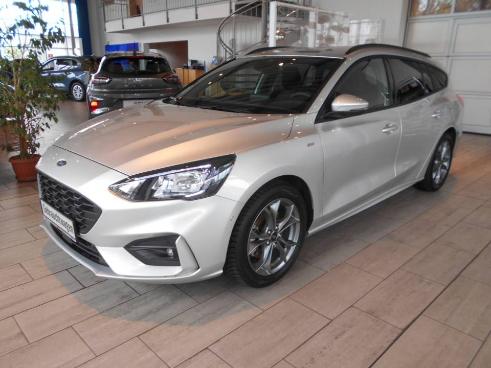 Ford Focus | Bj.2020 | 8823km | 21.980 €