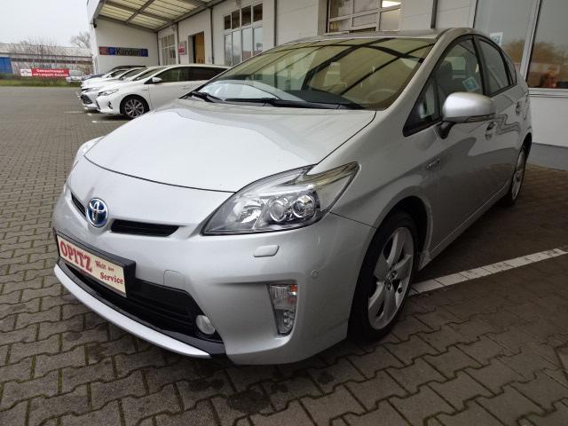 Toyota Prius Hybrid | Bj.2015 | 73566km | 15.595 €