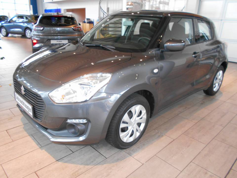 Suzuki Swift | Bj.2017 | 19037km | 8.495 €