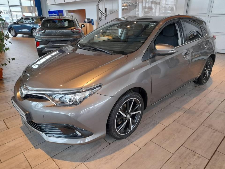 Toyota Auris | Bj.2017 | 81323km | 10.545 €