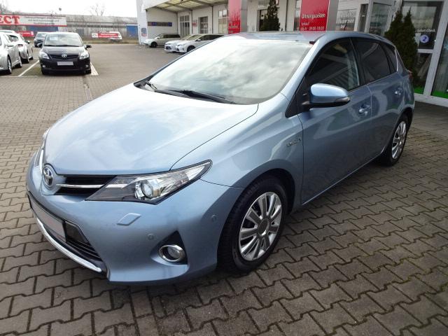 Toyota Auris Hybrid | Bj.2014 | 64369km | 12.990 €