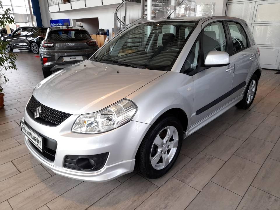 Suzuki SX4 | Bj.2011 | 65077km | 6.695 €